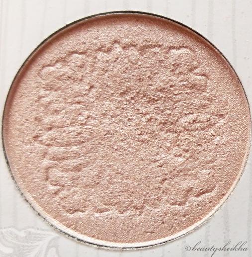 Shimmer pale pink